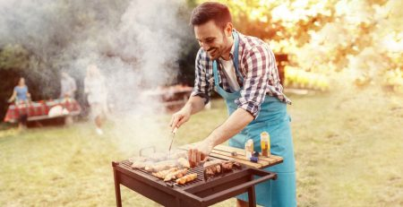 friends-camping-and-having-a-barbecue-picture-id578305708_extended