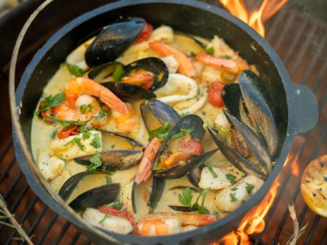 seafood potjie on the fire